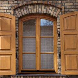 Okno drewniane 2000 x 3200 mm